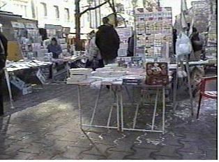 Outdoor book market