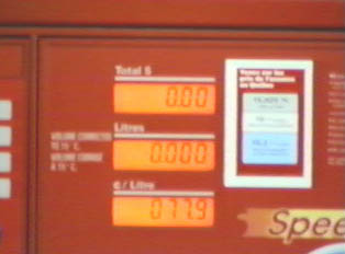 Gas pump with liter and cost display