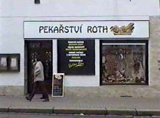 Bakery owned by someone named Roth