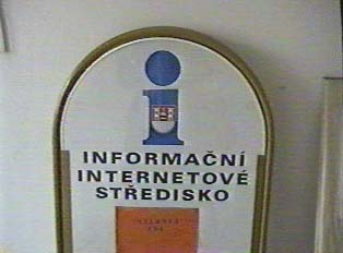 Sign indicating internet access