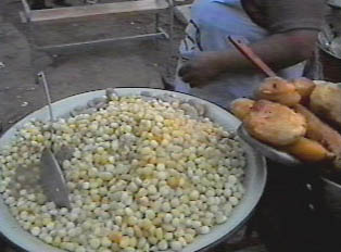 'Mote' (hominy grits), a hard corn