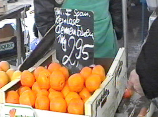 Price signs for clementines