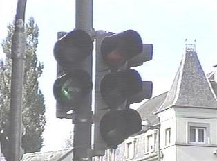 Green light to turn left
