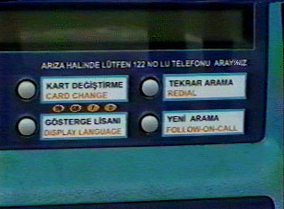 Instructions on the phone in Turkish and English